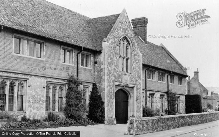 Photo of Wye, College c.1955