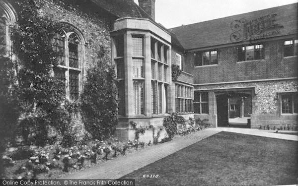 Photo of Wye, College, The Quadrangle 1908