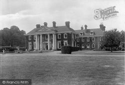 Olantigh 1925, Wye
