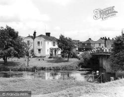 The Victoria Inn c.1955, Wye