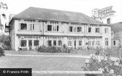 Wylam, Castle Hill, Royal Victoria Infirmary, Women's Wards c.1965