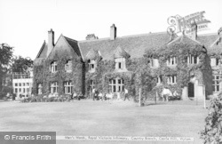 Wylam, Men's Ward, Royal Victoria Infirmary, Country Branch, Castle Hill c.1965