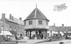 Wymondham, Market Cross c.1950