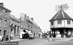 Wymondham, The Market Place And Cross c.1965
