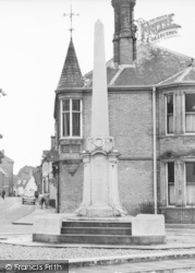 Wymondham, The War Memorial c.1950