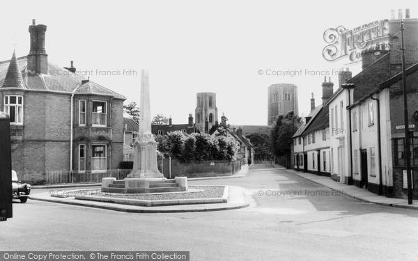 Photo of Wymondham, Town Green c.1955