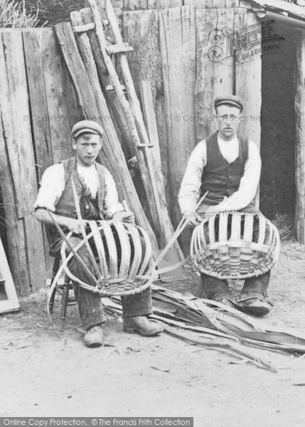 Photo of Wyre Forest, Skuttle Basket Makers c.1910