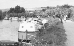 Yalding, Boats On The River Medway c.1960