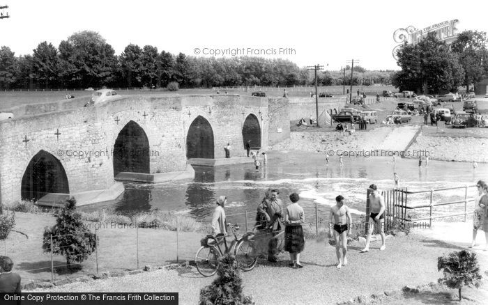 Photo of Yalding, The Bridge c.1960