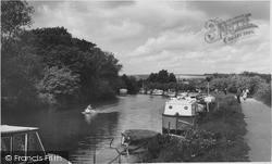Yalding, The Medway c.1960