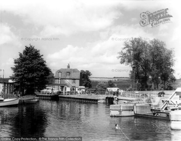 Photo of Yalding, The Medway c.1960