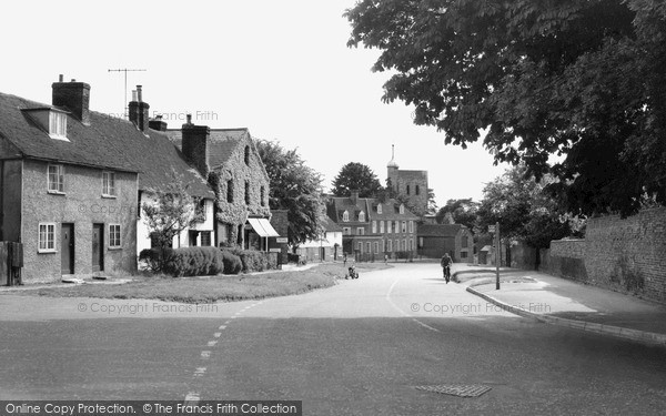 Photo of Yalding, Village And St Peter And St Paul's Church c.1960