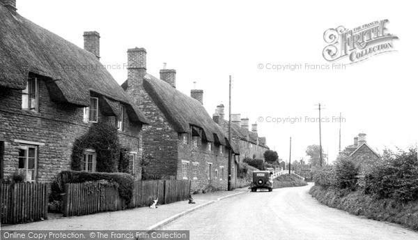 Photo of Yardley Hastings, Castle Ashby Road c.1955