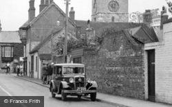 Yarmouth, Morris Major Car c.1955