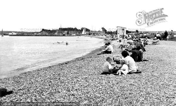 Photo of Yarmouth, The Beach c.1955