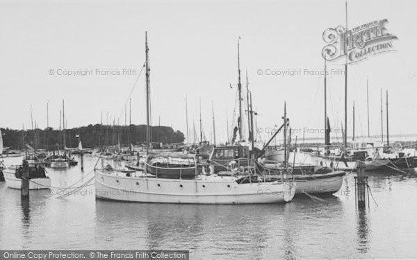 Photo of Yarmouth, The Harbour c.1955