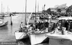 Yarmouth, The Harbour c.1960