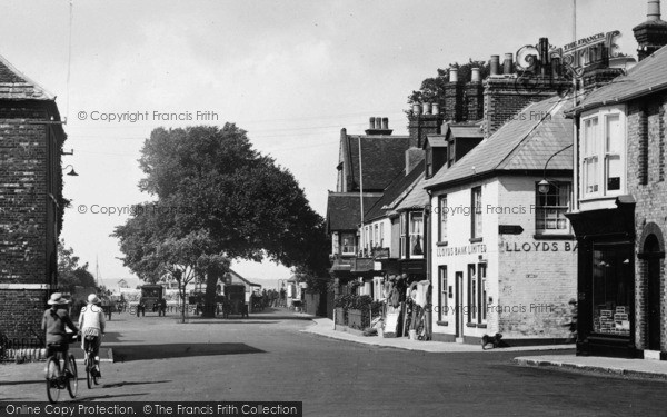 Photo of Yarmouth, The Square 1923