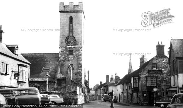 Photo of Yarmouth, The Square c.1955