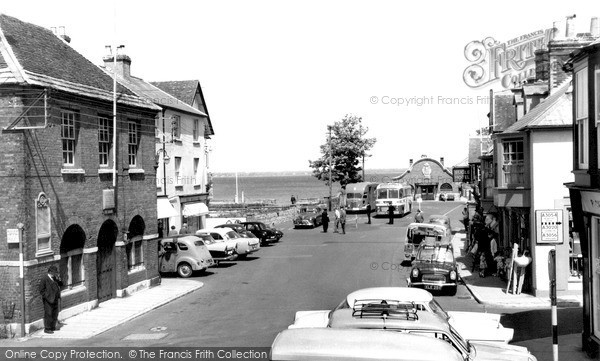 Photo of Yarmouth, The Square c.1960