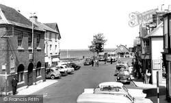 Yarmouth, The Square c.1960