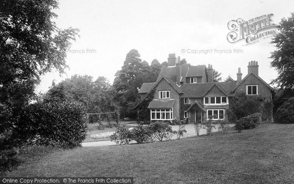 Photo of Yateley, Cricket Hill House 1924