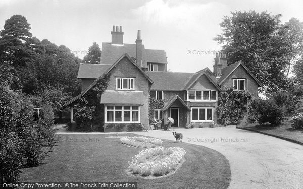 Photo of Yateley, Cricket Hill House 1924