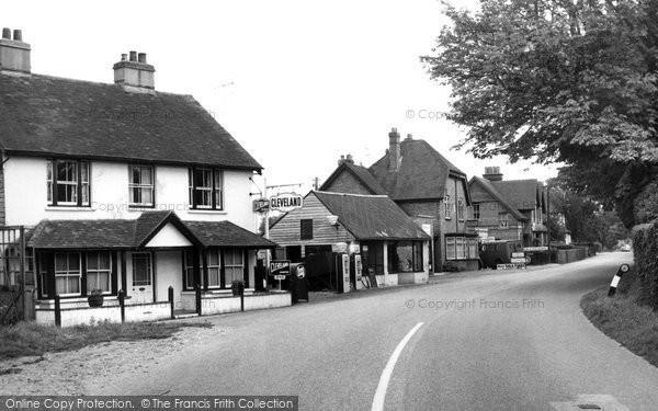 Photo of Yateley, Reading Road c.1955