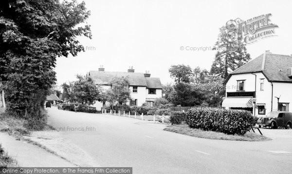 Photo of Yateley, Reading Road c.1960