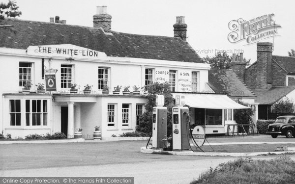 Photo of Yateley, The White Lion And Petrol Pumps c.1960