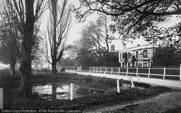 Photo of Yateley, Vicarage Road 1919