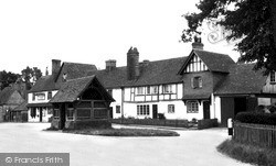Yattendon, Old Cottages And Well, The Square c.1960