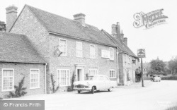 Yattendon, The Royal Oak c.1960