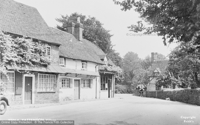 Photo of Yattendon, Village c.1950