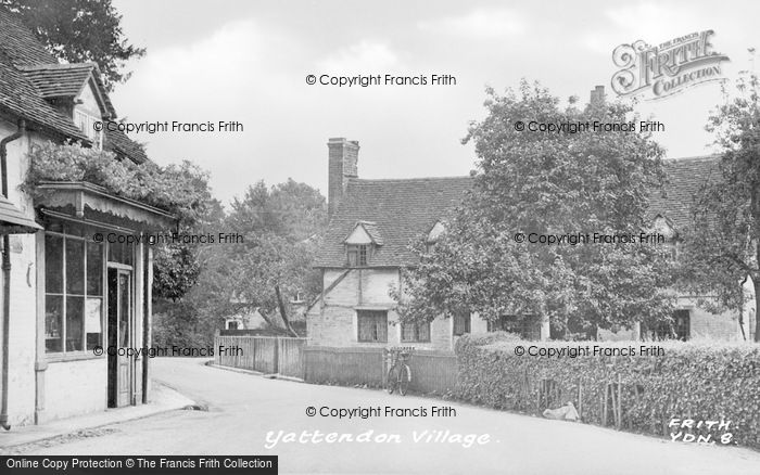 Photo of Yattendon, Village c.1950