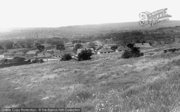 Photo of Yeadon, General View c.1965