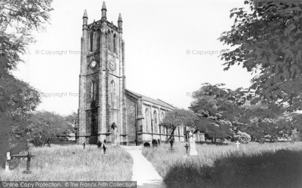 Photo of Yeadon, St John's Church c.1965