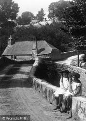 Girls On The Bridge 1904, Yealmpton