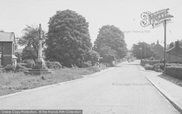 Photo of Yelvertoft, Main Road c.1955