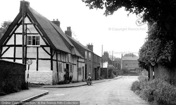 Photo of Yelvertoft, Tanney Lane c.1955