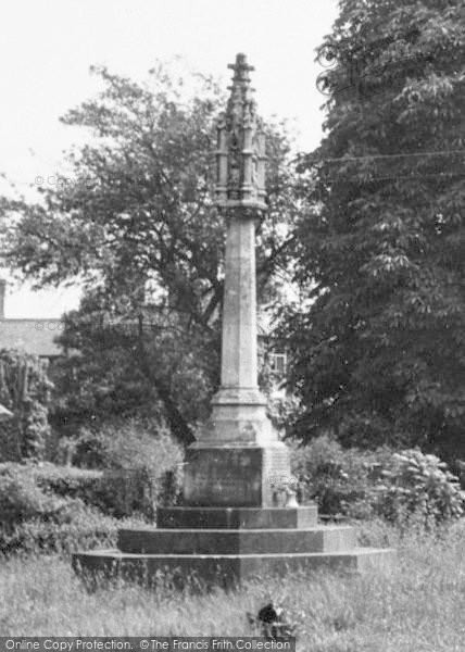 Photo of Yelvertoft, The Memorial, Main Road c.1955