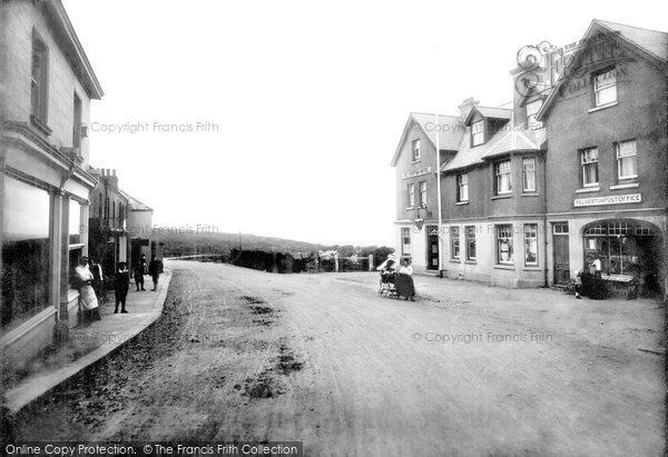 Photo of Yelverton, Post Office And Hotel 1910