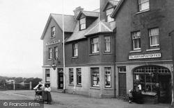 Yelverton, Post Office And Hotel 1910
