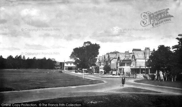 Yelverton, the Parade 1934