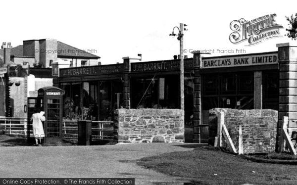 Photo of Yelverton, The Parade c.1955