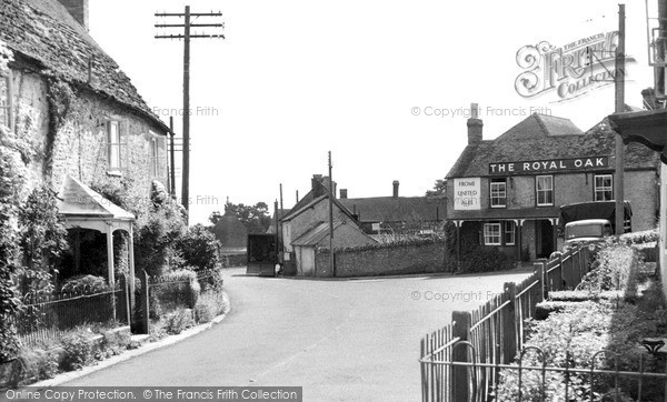 Photo of Yenston, The Village 1956