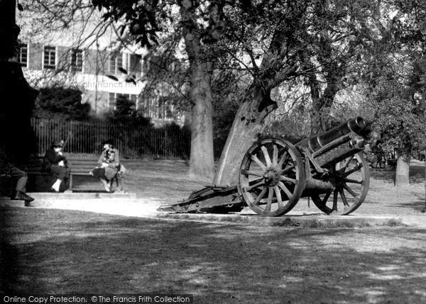 Photo of Yeovil, Bide's Gardens c.1950