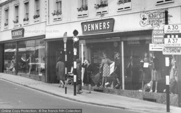 Photo of Yeovil, Denner's Department Store c.1965
