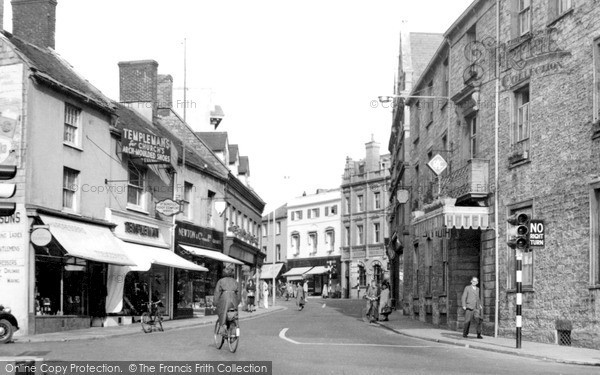 Photo of Yeovil, Hendford And The Three Choughs Hotel c.1955