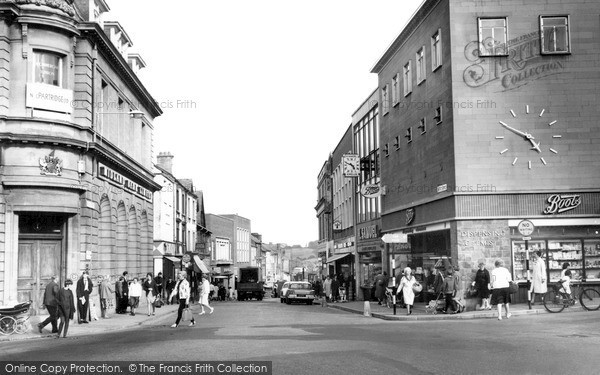 Photo of Yeovil, Middle Street c.1965